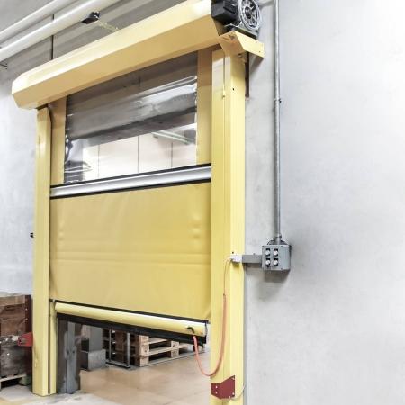 High-speed door